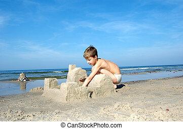 ragazzo, gioco, spiaggia