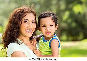 ragazzo, giovane, indiano, madre, bambino, felice