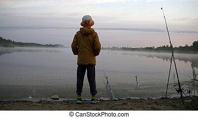 ragazzo, giovane, pesca, divertirsi, stagno