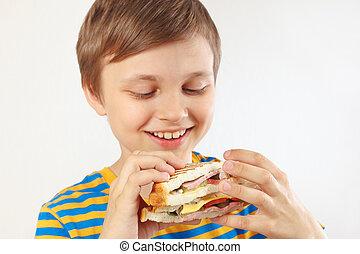 ragazzo, panino, camicia, doppio, giovane, fondo., strisce, bianco