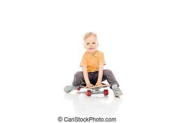 ragazzo, poco, felice, skateboard, seduta