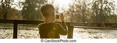 ragazzo, poco, fotografare, natura