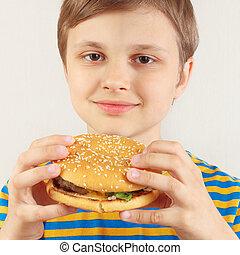 ragazzo, poco, taglio, hamburger, camicia, fondo., saporito, strisce, bianco