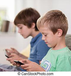 ragazzo, suo, tavoletta, giovane, computer, lettura