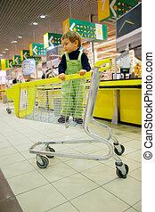 ragazzo, supermercato