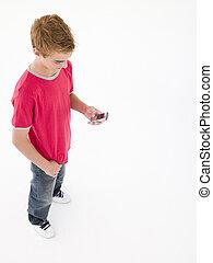 ragazzo, usando, giovane, telefono cellulare