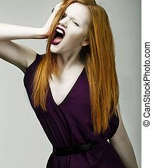 rage., 妇女, 入迷, redhead, 绝望, 狂暴, aggression., 发出尖叫声