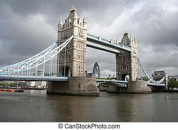 ragen brücke hoch, und, london, skyline