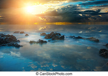 raggi, sole, drammatico, tramonto, mare, nero