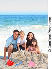 raggiante, spiaggia, famiglia