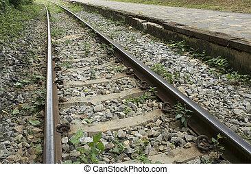rail railway antique world war II allied karnjanaburi