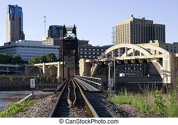 Railroad to Saint Paul