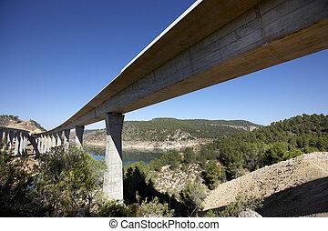 Railway and highway bridges