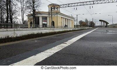 Railway station Krasnoe Selo, platform for train -...