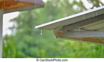 rain in roof slow motion