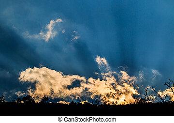 raios, nuvens, luz, escuro, através, fundo, brilhar
