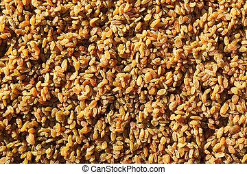 Sultanas - Raisins or Sultanas, a golden-coloured dried ...