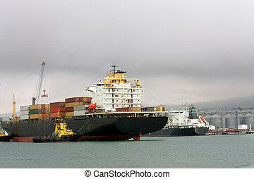 rakomány, edény, -ban, egy, belépés, fordíts, tengeri kikötő