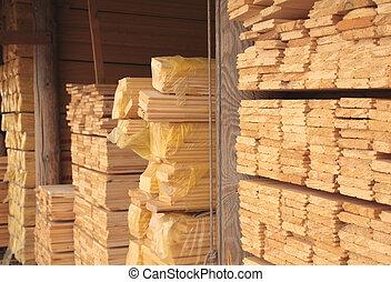 raktárépület, deszkák, fából való