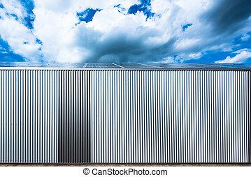 raktárépület, fanyergek, nap-