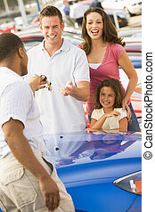 ramassage, nouvelle famille, voiture