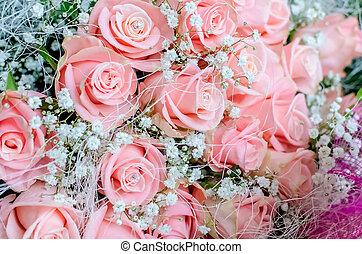 ramo, de, rosas rosa, con, pequeño, briliants