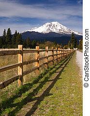 Ranch Fence Row Countryside Rural California Mt Shasta - A ...