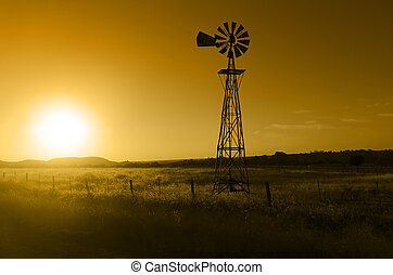 Ranch Windmill - Traditional, old fashioned water pumping...