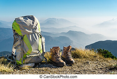 randonnée, equipment., sac à dos, et, bottes, dessus, mountain.