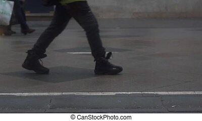 Rapid video of pedestrian street, shot at 120 fps clip