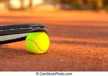 raqueta, pelota de tenis, tribunal, arcilla