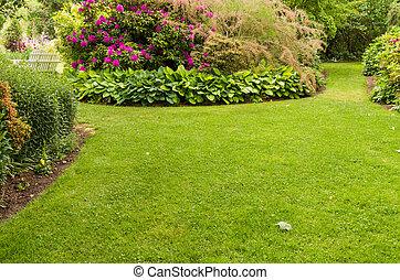 rasen, blumengarten