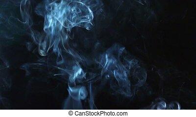 rauchwolken, auf, schwarzer hintergrund