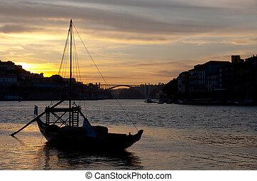ravelos, porto, portugal