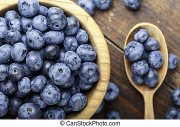 raw blueberries on the table