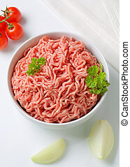 Raw minced pork