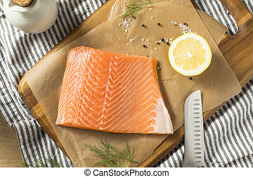 Raw Organic Atlantic Salmon Fillet Ready to Cook