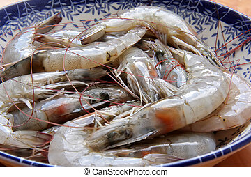 Raw prawns - Whole fresh raw prawns in shell unpeeled