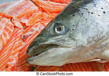 Raw Salmon Head