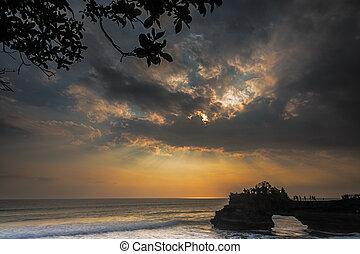 Ray of Lights at Tanah Lot, Bali