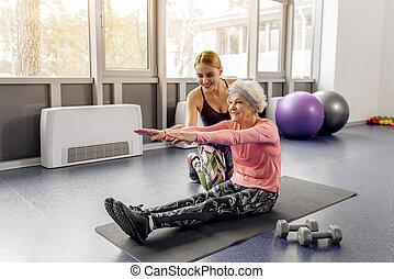 rayonner, retraité, séance entraînement, portion, femme, confection, heureux