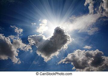 rayons soleil, sur, ciel dramatique