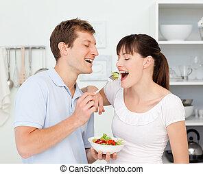 razem, szczęśliwa para, jedzenie