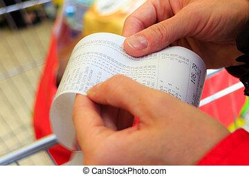 reçu, main., note, supermarket., papier, chèque