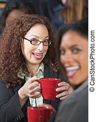 reír, dos mujeres