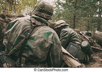 re-enactors, 服を着せられる, ∥ように∥, ドイツ語, wehrmacht, 歩兵, 兵士, 中に,...