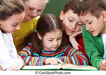 Reading kids