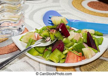 Ready green salad