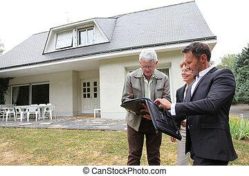 real-estate, épület, párosít, ügynök, új, idősebb ember,...
