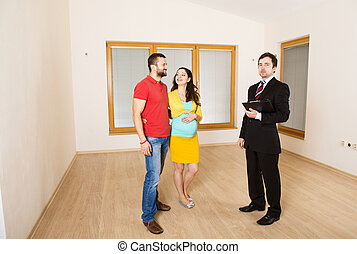 Real Estate Agent with couple